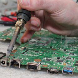 Замена / ремонт гнезда питания ноутбука (USB, наушников) б/у